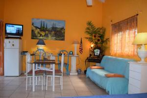 Sun Caraibes, Villas  Orient Bay - big - 29