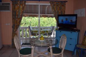 Sun Caraibes, Villas  Orient Bay - big - 24