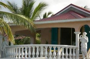 Sun Caraibes, Villas  Orient Bay - big - 21