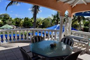 Sun Caraibes, Villas  Orient Bay - big - 14