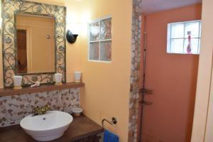Sun Caraibes, Villas  Orient Bay - big - 35