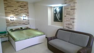 Apartments on Lenina 102