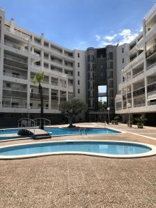 Costa Dorada Apartments, Apartments  Salou - big - 1