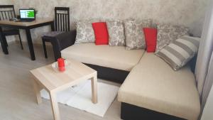 Apartments at Nosovikhinskoye shosse 25-2