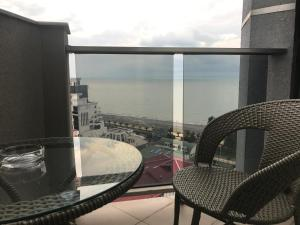 Holiday Comfort Apartment, Apartments  Batumi - big - 32