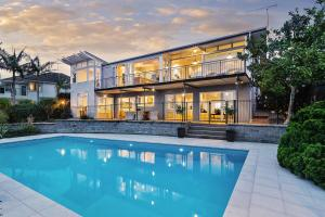 Luxury and Spacious Ocean View