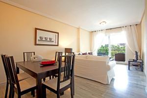 Apartamento Lago Arqueros, Apartmány  Benahavís - big - 3