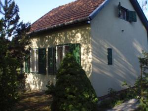 Oázis Vendégház, Дома для отпуска  Дьюла - big - 31