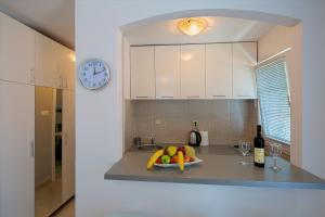 Diamond Apartments, Apartments  Budva - big - 4