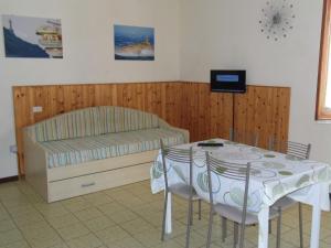 Appartamenti Lucry - AbcAlberghi.com