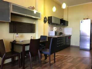 Luxury Seaview apartments in Arcadia, Apartmanok  Odessza - big - 5