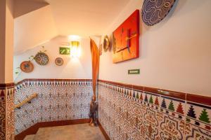 Hostal El Asturiano, Guest houses  Tarifa - big - 44