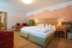 Landhotel und Berggasthof Panorama, Hotel  Garmisch-Partenkirchen - big - 22