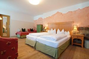 Landhotel und Berggasthof Panorama, Hotel  Garmisch-Partenkirchen - big - 23