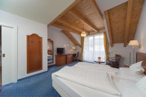 Park Hotel Bellevue, Hotely  Dobbiaco - big - 8