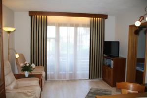 Landhaus Vogelweide - 2 Zimmer mit Balkon, Apartments  Bad Füssing - big - 17