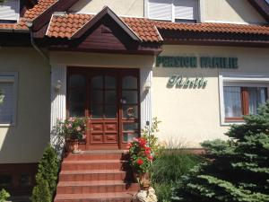 Pension Family Fábsits, Bed and breakfasts  Hévíz - big - 47