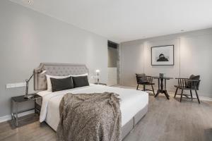 Executive Studio - King Bed