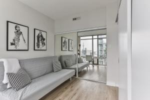 Luxury Sub-Penthouse in Downtown Toronto, Apartmány  Toronto - big - 5