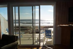 Two Bedroom Townhouse - Oceanfront