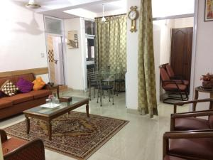 Red Cherry Service Apartment, Ferienwohnungen  Neu-Delhi - big - 8