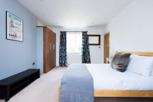 Burntwood Lane Apartment, Apartmanok  London - big - 10