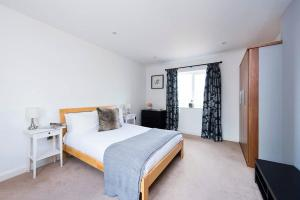 Burntwood Lane Apartment, Apartmanok  London - big - 12