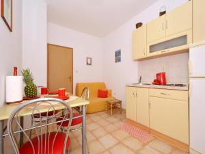 Apartment Elza, Apartmány  Trogir - big - 7