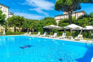 Hotel Apuana - AbcAlberghi.com