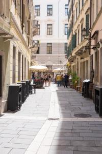 Triestevillas GHETTO AVANTGARDE 60, Ferienwohnungen  Triest - big - 5