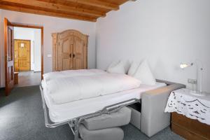 Garni Meinrad, Guest houses  Ora/Auer - big - 3