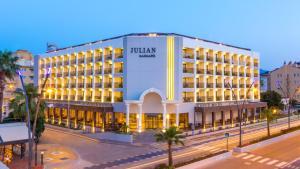 Julian Marmaris, Hotely  Marmaris - big - 1