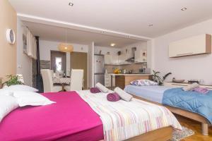 Apartments Garmaz, Ferienwohnungen  Podgora - big - 7