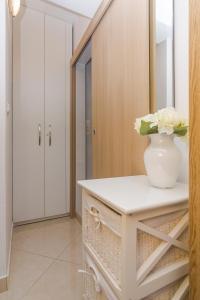 Apartments Garmaz, Ferienwohnungen  Podgora - big - 13