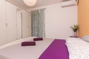 Apartments Garmaz, Ferienwohnungen  Podgora - big - 16
