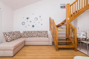 Apartments Garmaz, Ferienwohnungen  Podgora - big - 21