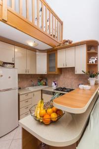 Apartments Garmaz, Ferienwohnungen  Podgora - big - 25