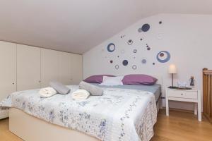 Apartments Garmaz, Ferienwohnungen  Podgora - big - 36