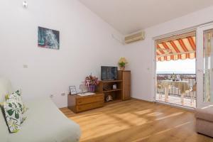 Apartments Garmaz, Ferienwohnungen  Podgora - big - 40