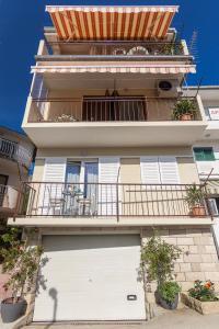 Apartments Garmaz, Ferienwohnungen  Podgora - big - 45