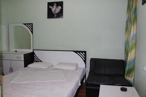 Hotel Plus, Hotels  Tbilisi City - big - 26