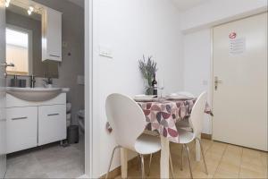 Apartments Garmaz, Ferienwohnungen  Podgora - big - 50