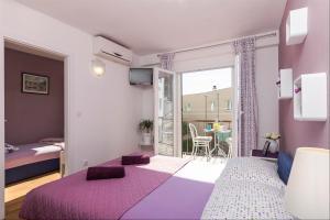 Apartments Garmaz, Ferienwohnungen  Podgora - big - 59