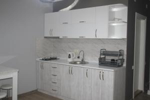 Hello Batumi Apartment, Апартаменты  Батуми - big - 33