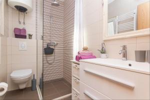 Apartments Garmaz, Ferienwohnungen  Podgora - big - 63