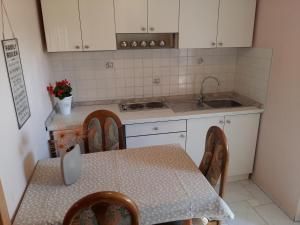 Apartment Bonaca, Apartmanok  Posedarje - big - 57