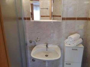 Apartment Bonaca, Apartmanok  Posedarje - big - 71