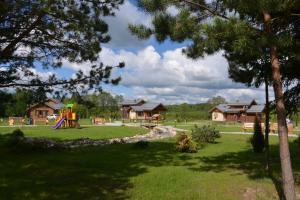 Novinki Park, Vidiecke domy  Novinki-Begichevo - big - 227