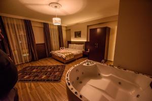 Hill River Hotel, Hotel  Agva - big - 1