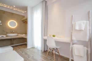 Villa Adriana Hotel, Apartmanhotelek  Ájosz Prokópiosz - big - 67